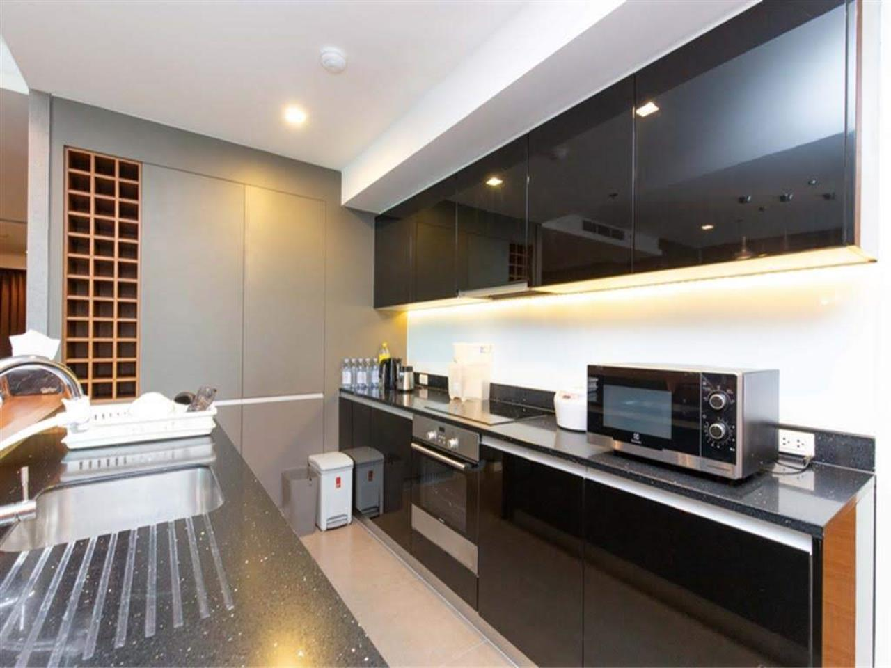 Bestbkkcondos Agency's The River - 233,8 sqm - For Sale : 52 000 000 THB - 3 Bedrooms 8