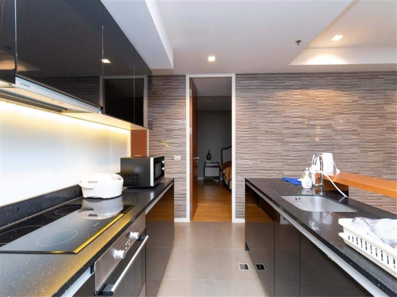 Bestbkkcondos Agency's The River - 233,8 sqm - For Sale : 52 000 000 THB - 3 Bedrooms 10