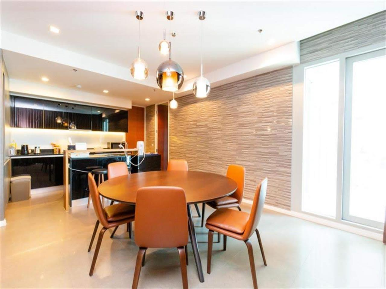 Bestbkkcondos Agency's The River - 233,8 sqm - For Sale : 52 000 000 THB - 3 Bedrooms 15
