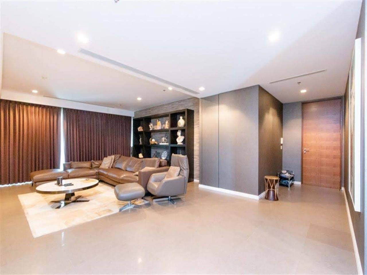 Bestbkkcondos Agency's The River - 233,8 sqm - For Sale : 52 000 000 THB - 3 Bedrooms 16