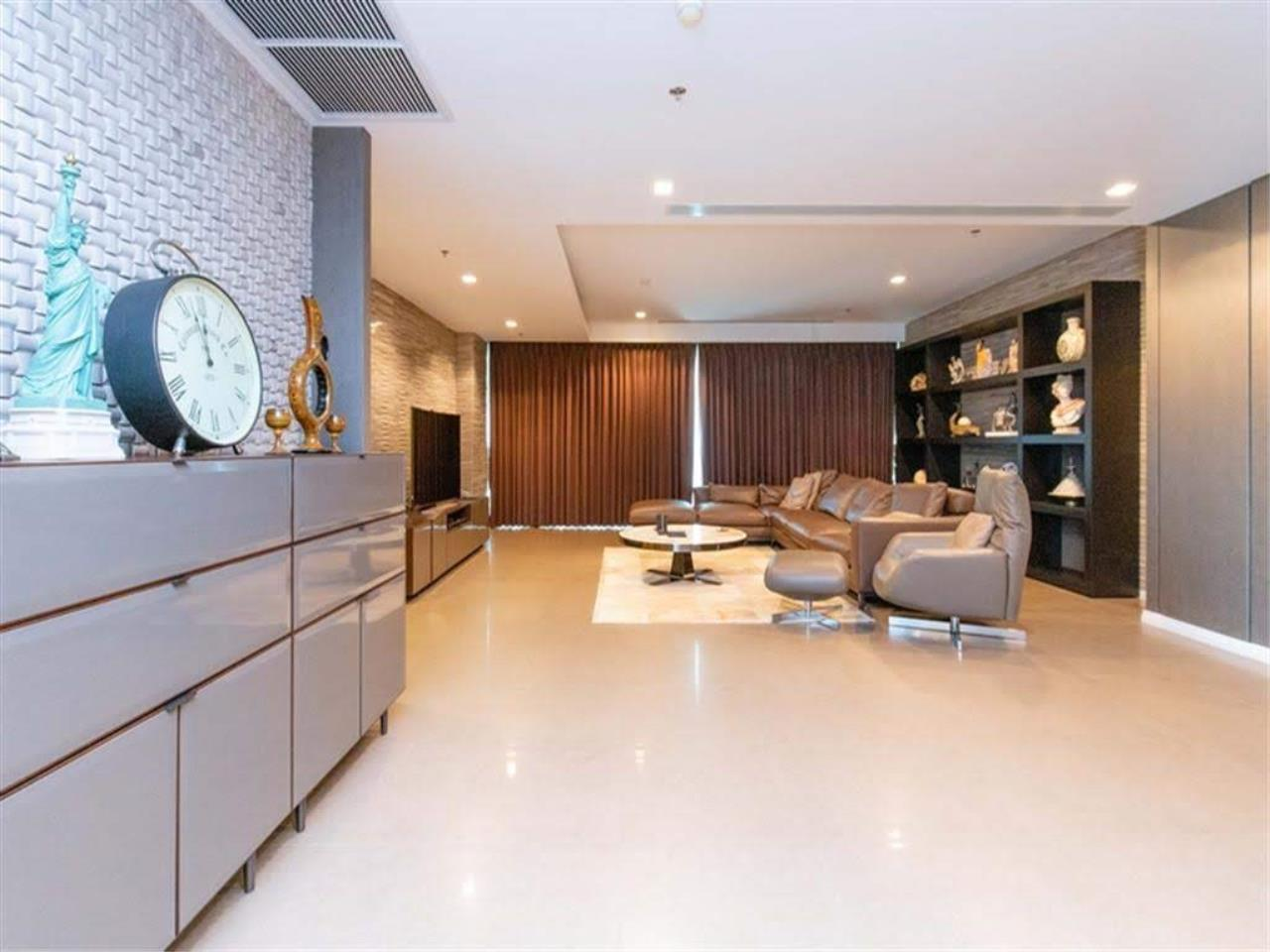 Bestbkkcondos Agency's The River - 233,8 sqm - For Sale : 52 000 000 THB - 3 Bedrooms 17
