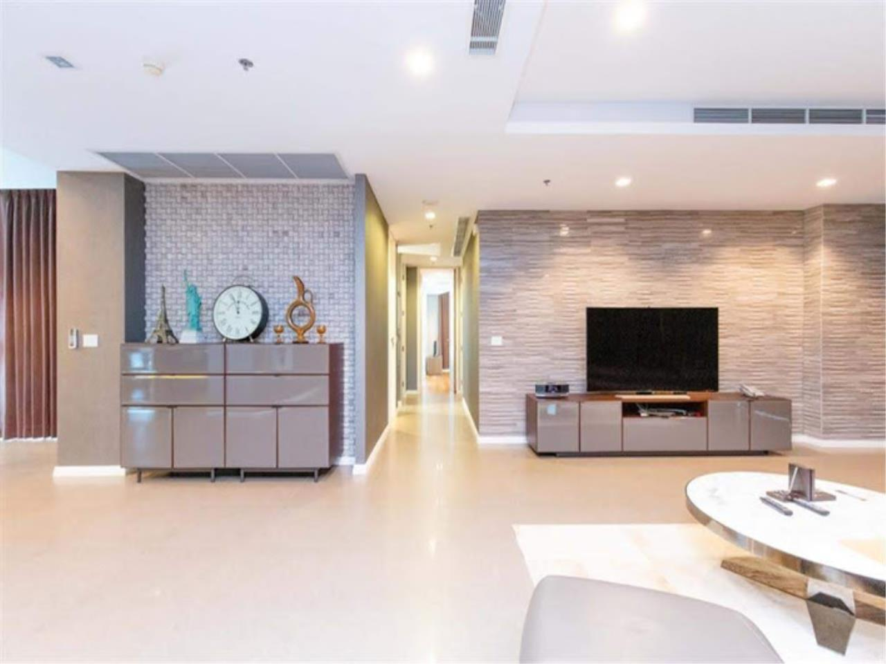 Bestbkkcondos Agency's The River - 233,8 sqm - For Sale : 52 000 000 THB - 3 Bedrooms 18