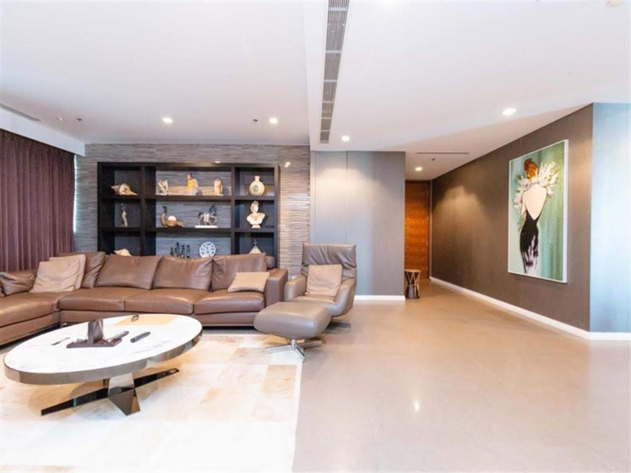 Bestbkkcondos Agency's The River - 233,8 sqm - For Sale : 52 000 000 THB - 3 Bedrooms 21