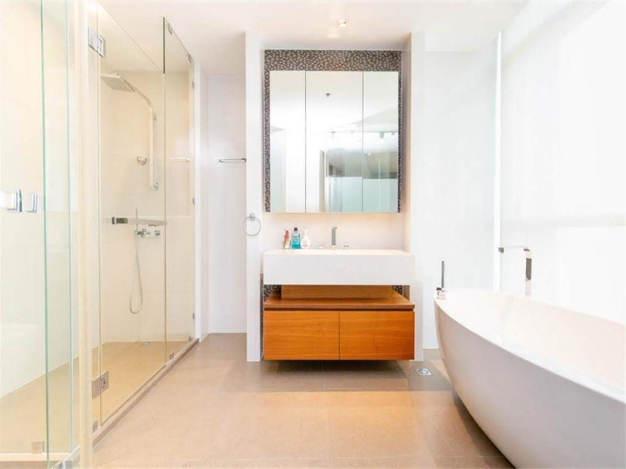 Bestbkkcondos Agency's The River - 233,8 sqm - For Sale : 52 000 000 THB - 3 Bedrooms 30