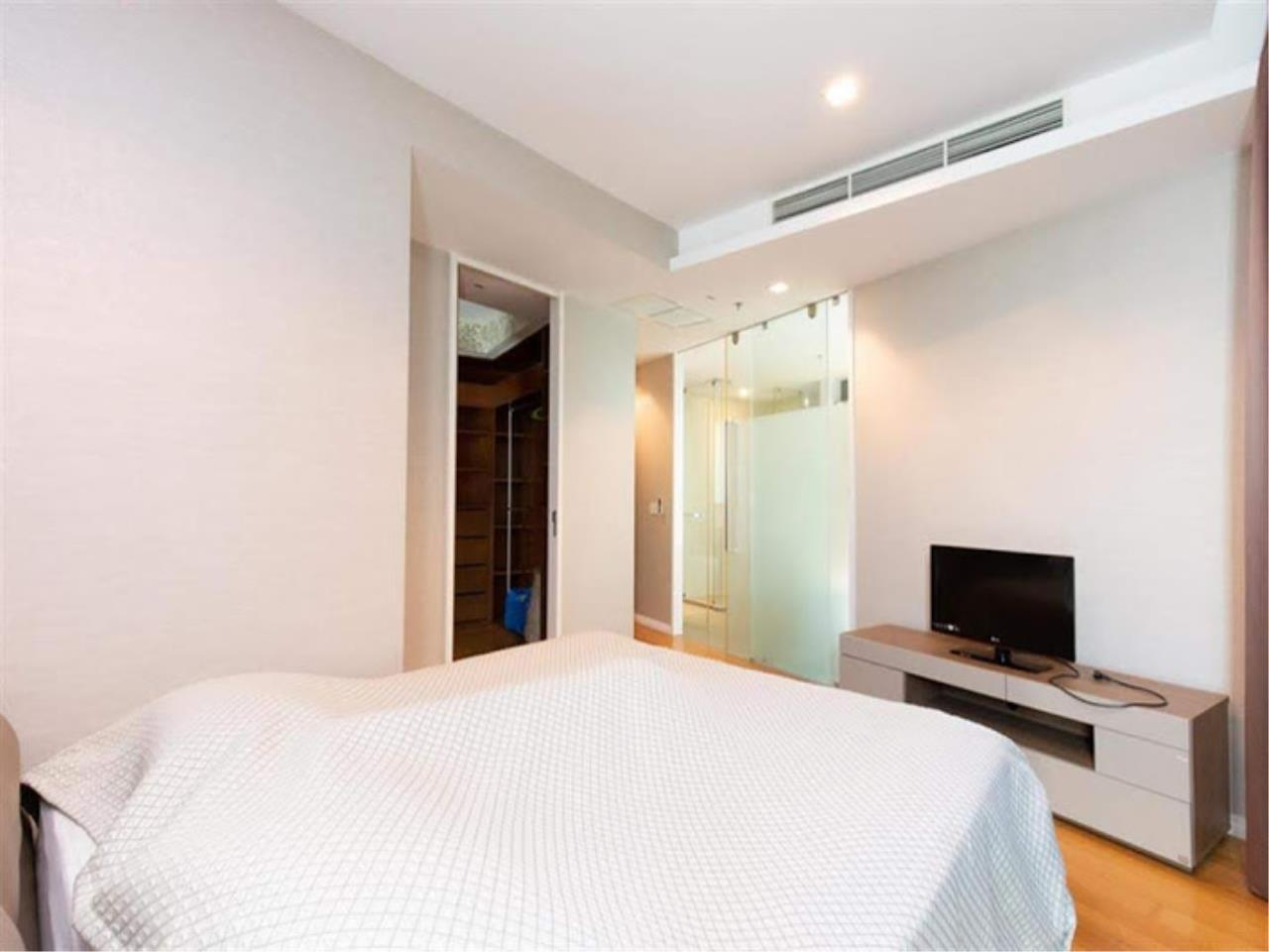 Bestbkkcondos Agency's The River - 233,8 sqm - For Sale : 52 000 000 THB - 3 Bedrooms 33