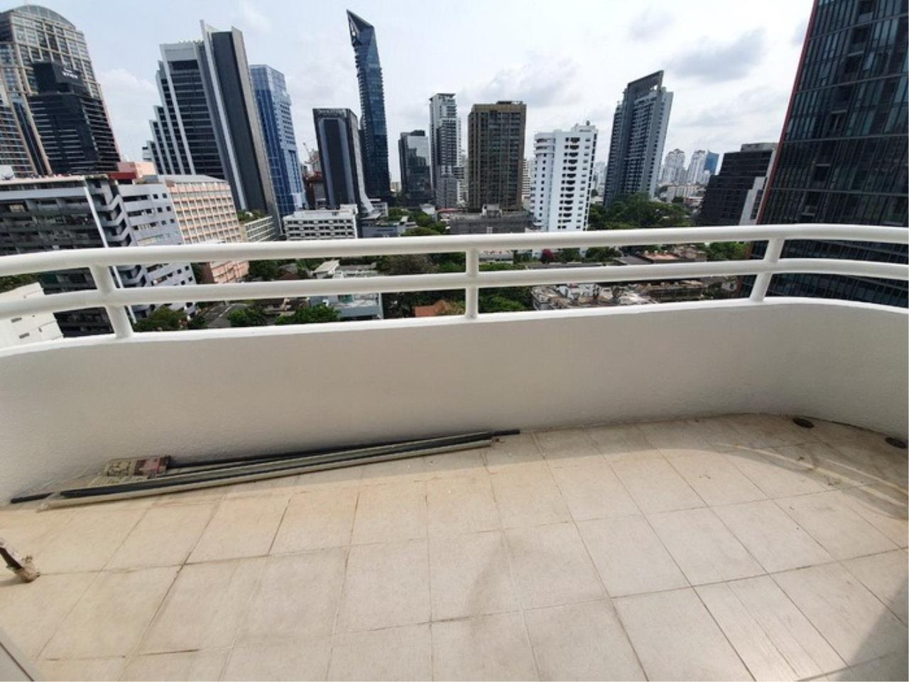 Bestbkkcondos Agency's regent on the park 1 - 250 Sq.M - for rent: 60000 THB - 3 bedrooms,3 bathrooms 3