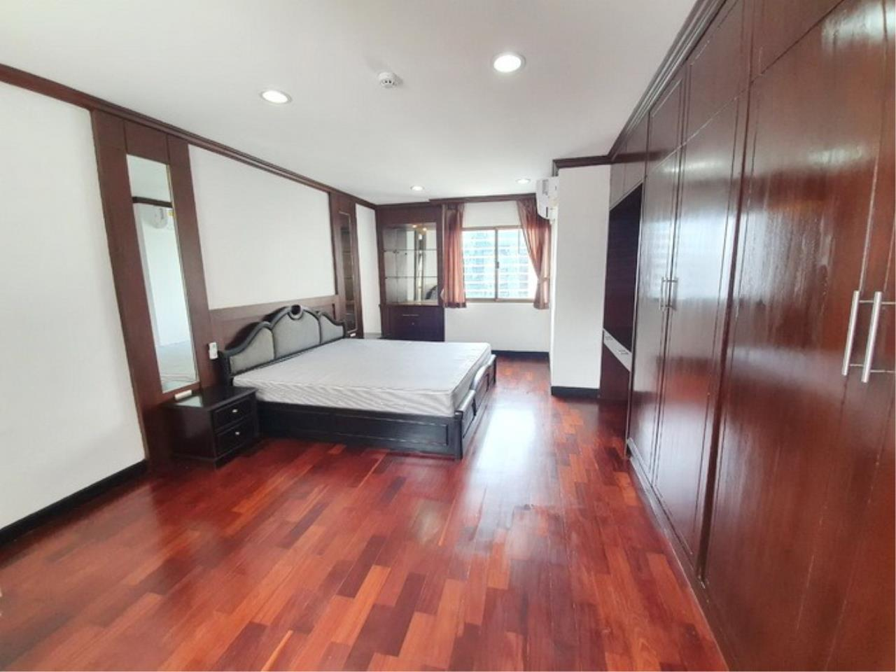 Bestbkkcondos Agency's regent on the park 1 - 250 Sq.M - for rent: 60000 THB - 3 bedrooms,3 bathrooms 5