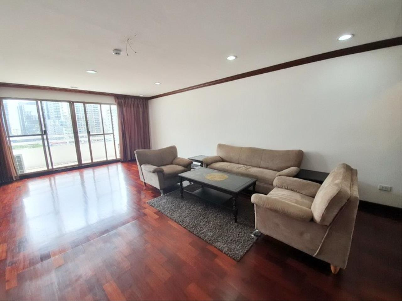 Bestbkkcondos Agency's regent on the park 1 - 250 Sq.M - for rent: 60000 THB - 3 bedrooms,3 bathrooms 4
