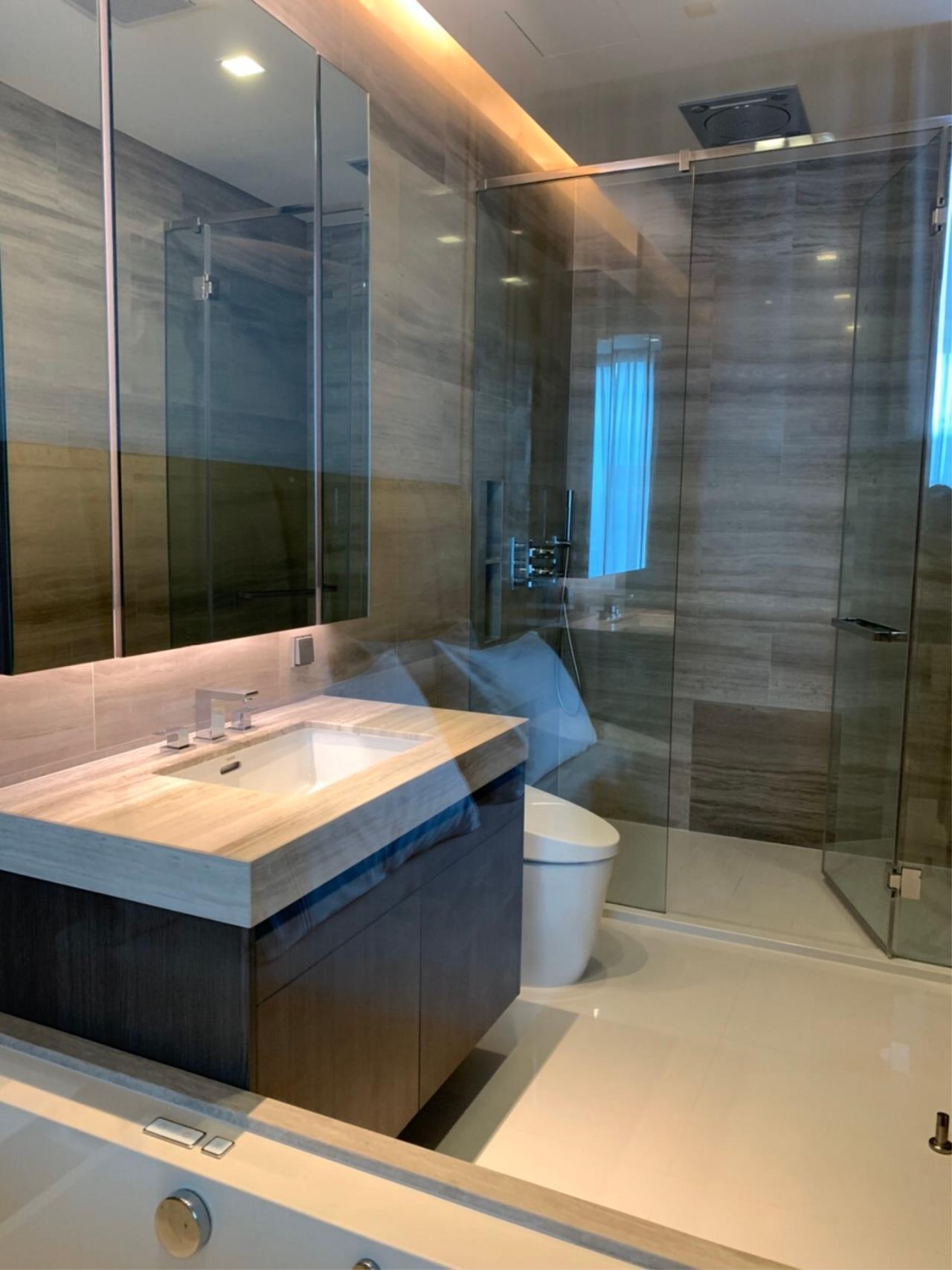 Bestbkkcondos Agency's Q sukhumvit at BTSnana - 92sqm - For Rent : 90 000 / month - 2 Bedrooms 2