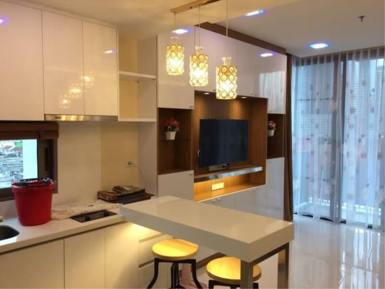 Bestbkkcondos Agency's Nara 9 1 bedroom 1 bathroom 43sqm 27000THB negotiable 1