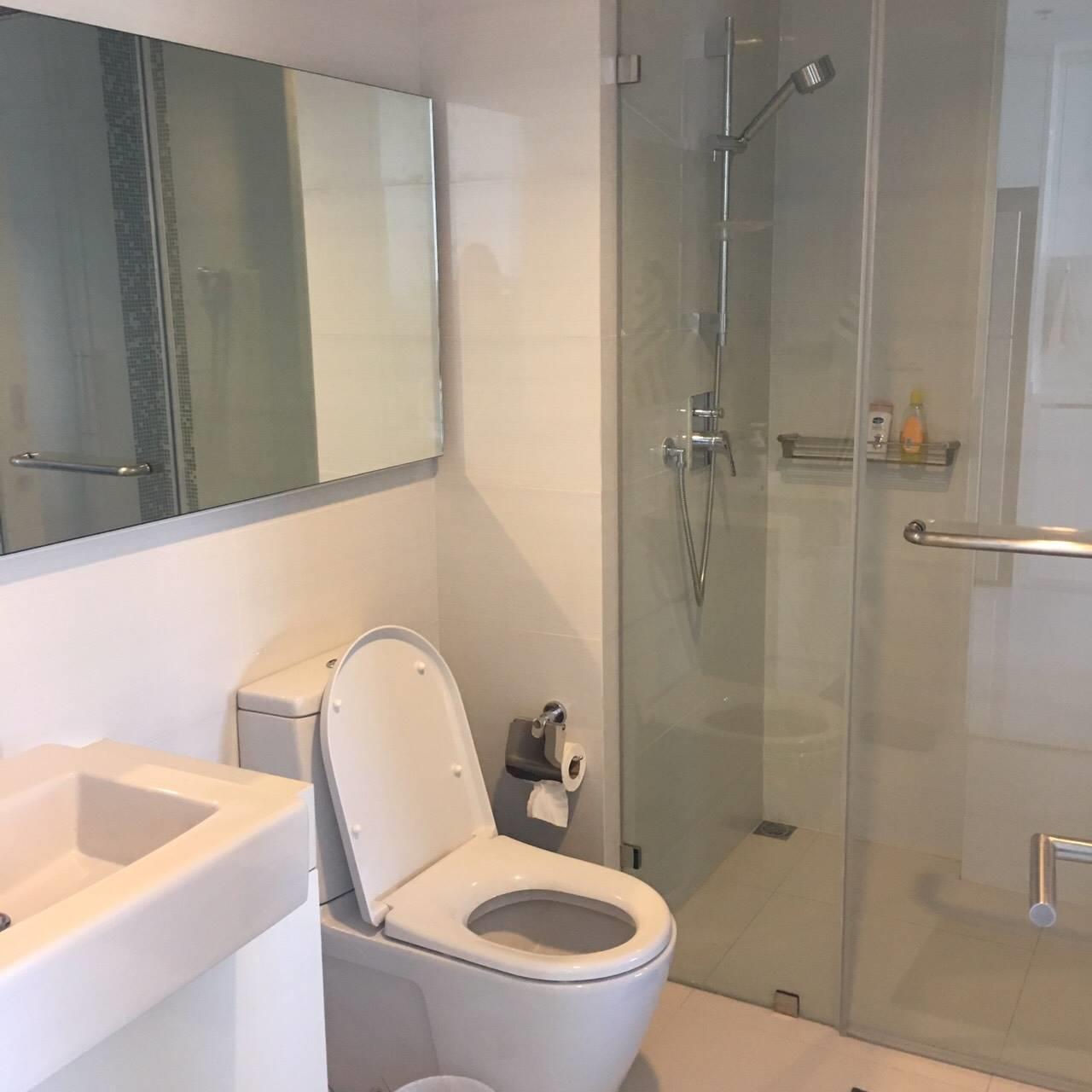 Bestbkkcondos Agency's 1 bedroom 1 bathroom 39sqm Nara 9 26000THB negotiable 2